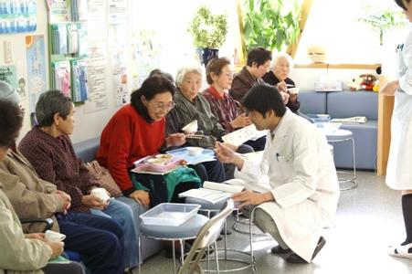 定期的に健康教室を開催しています