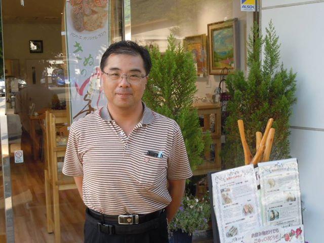 栃木県薬剤師会の専務理事でもある高梨役員。「日光観光大使」でもあります。